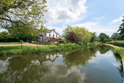 R Gill, Property Photographer, House by a Canal